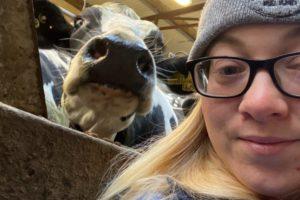 Veterinary nurse Lisa O' Kelly