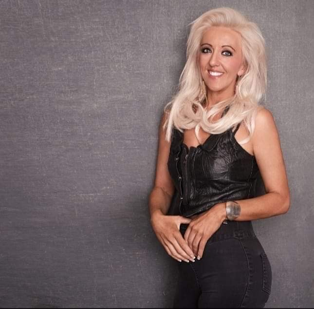 Sabrina Fallon is a country music singer from Co Galway