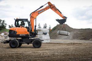 Doosan DX57W-7, digger, digging