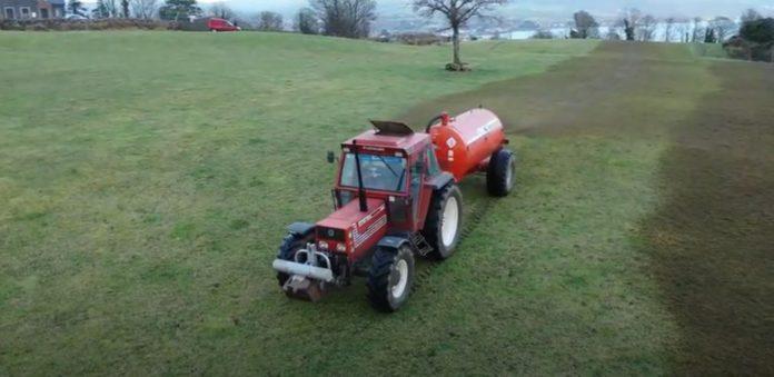 Spreading slurry, tractor, fields, tractor, Slurry 2021