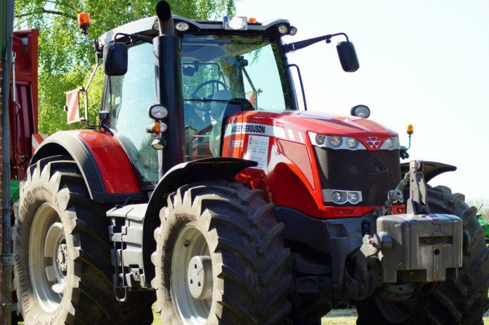 tractor, machinery, agricultural contracting, agricultural contractor