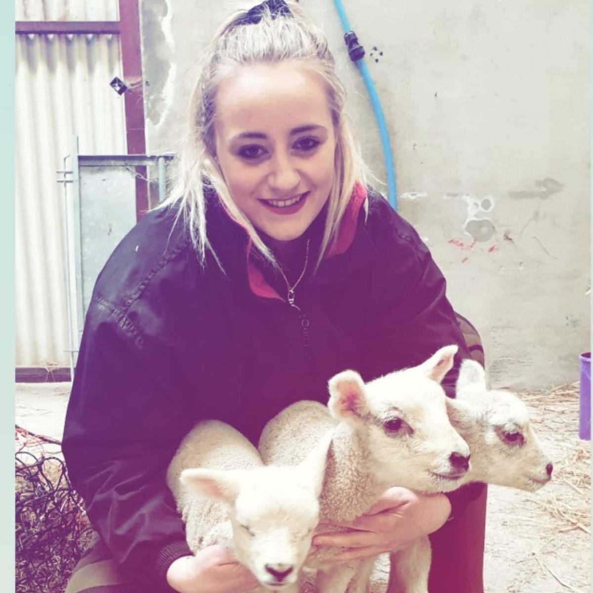 Ashleigh Hall, lambing, lambing 2021, sheep, sheep farming, sheep farmer,