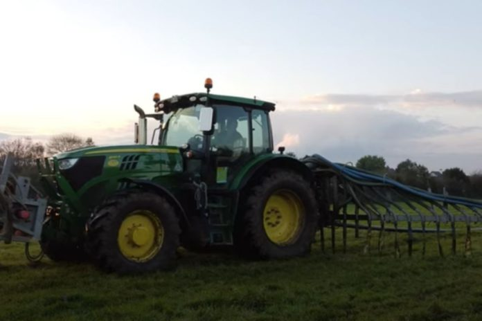 C.K Agri Videos, tractor videos, spreading slurry, slurry ban, machinery, tractors