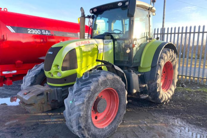 2006 CLAAS Arion 640 4WD tractor