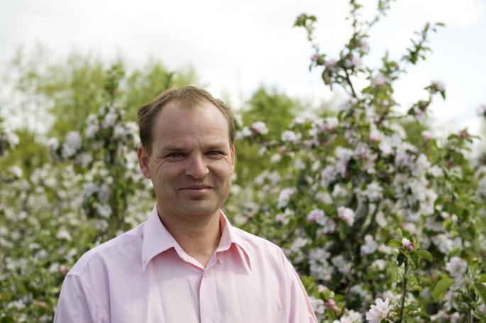 Con Traas, The Apple Farm, Apple farming in Ireland
