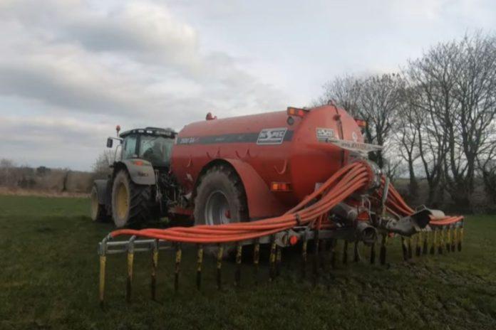 Tarrant Agri, Grassland Agri, spreading slurry, tractors, machinery