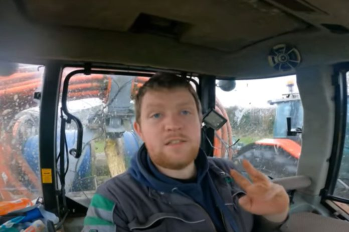 tractor videos, a day in the life of a farmer, Farmer Phil, beef farming,