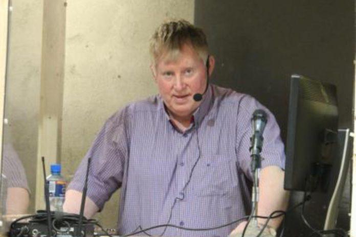 Charolais cattle, farming news, suckler farming, Tom Cox, livestock auctioneer, livestock auctioneering