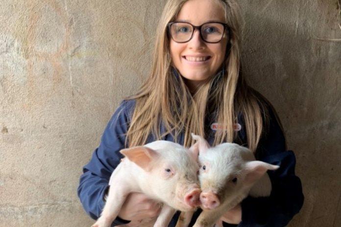 Joyce Allen, Queen's University Student, farm girls, pig farming