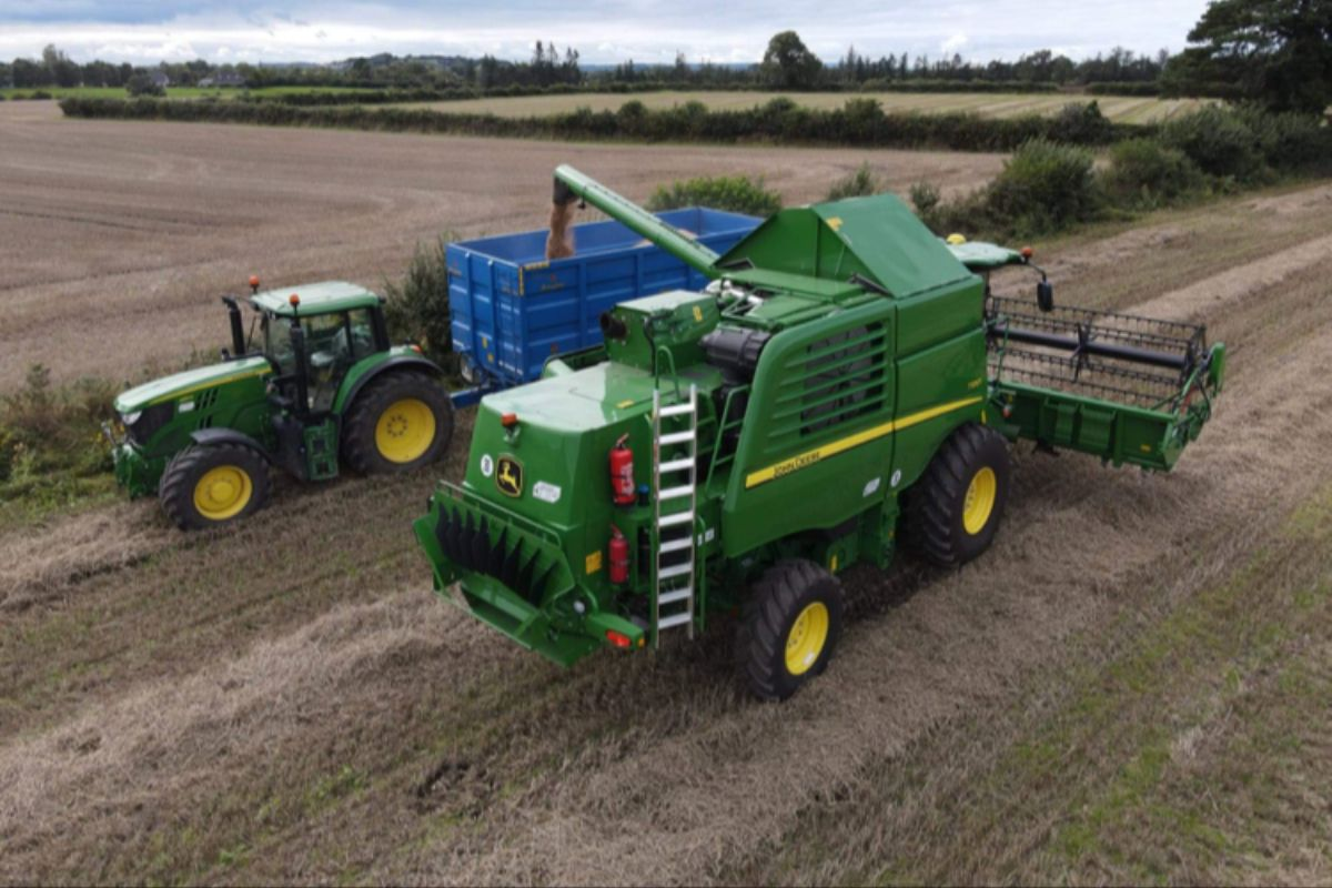 Lisa O'Toole, John Deere, farming news, tillage farming