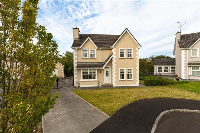 47 Elm Park, Buncrana, County Donegal, houses for sale, farming news, properties, houses for sale in Donegal