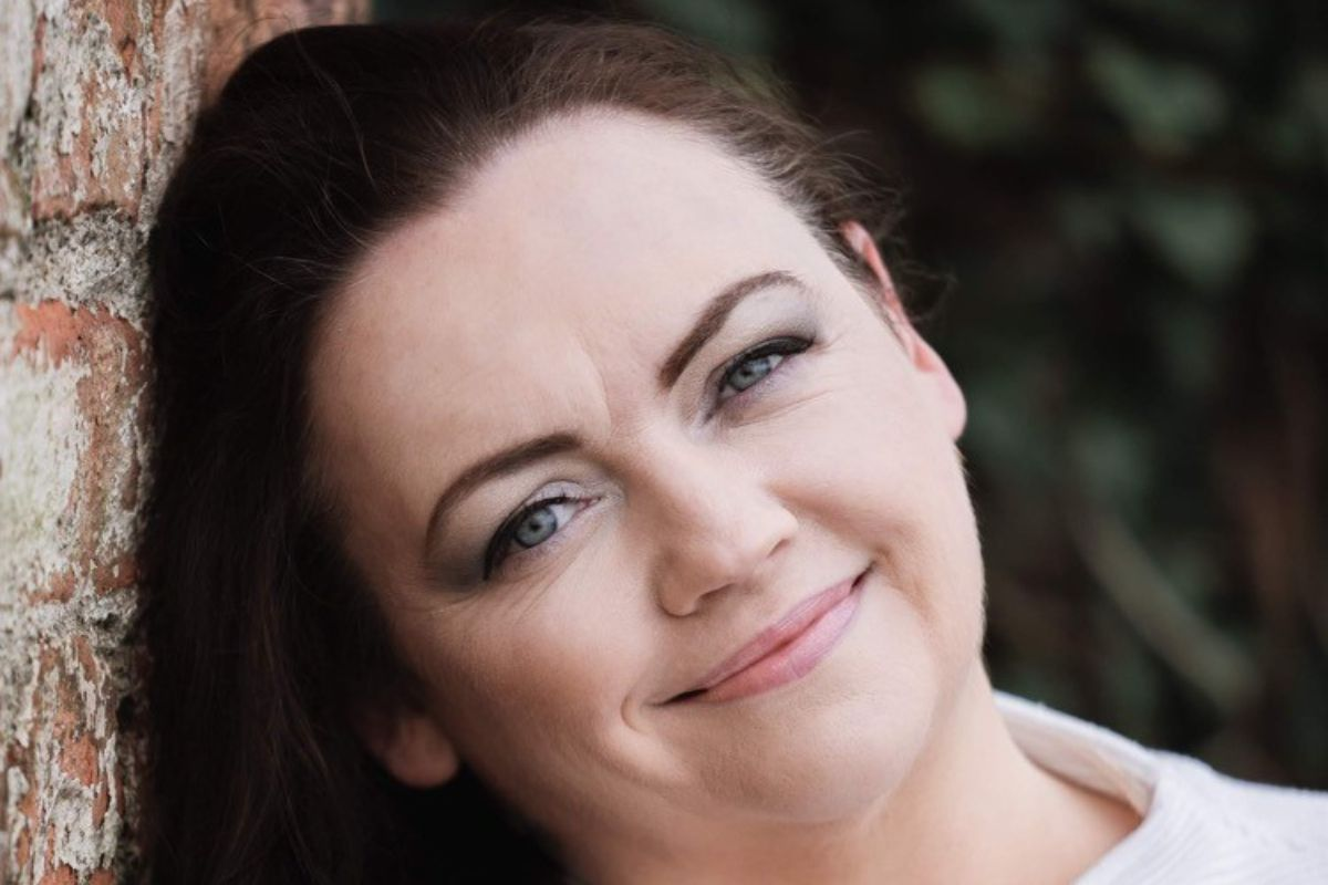 Lynn Campbell, country music, entertainment, farming news