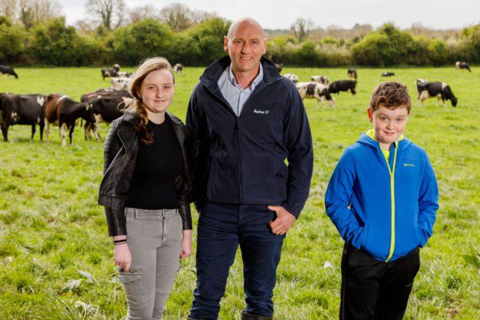 Aurivo Milk Supplier of the Year 2021, Peter Hamm, milk prices, dairy farming, dairy news