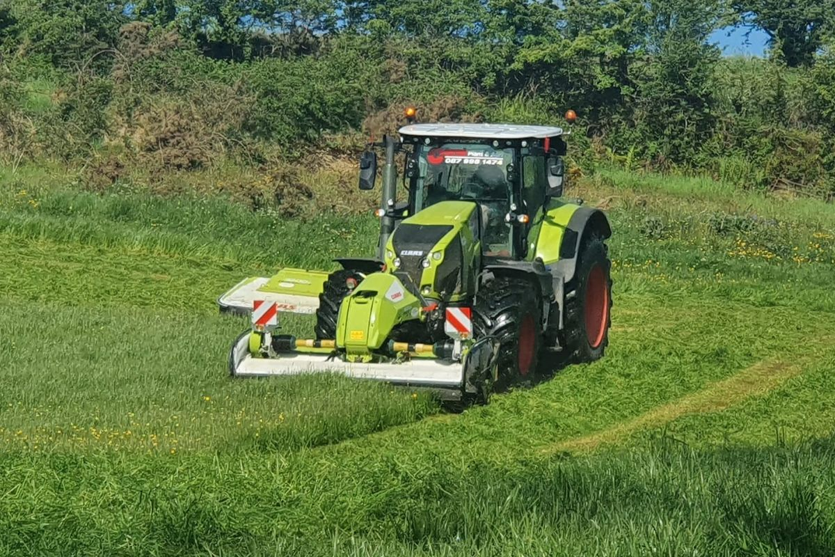 farm machinery, tractors, Coral Plant and Agri, agricultural contracting,