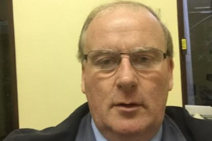 property and livestock auctioneer, Robert Nixon, livestock auctioneering, property auctioneering, suckler farming