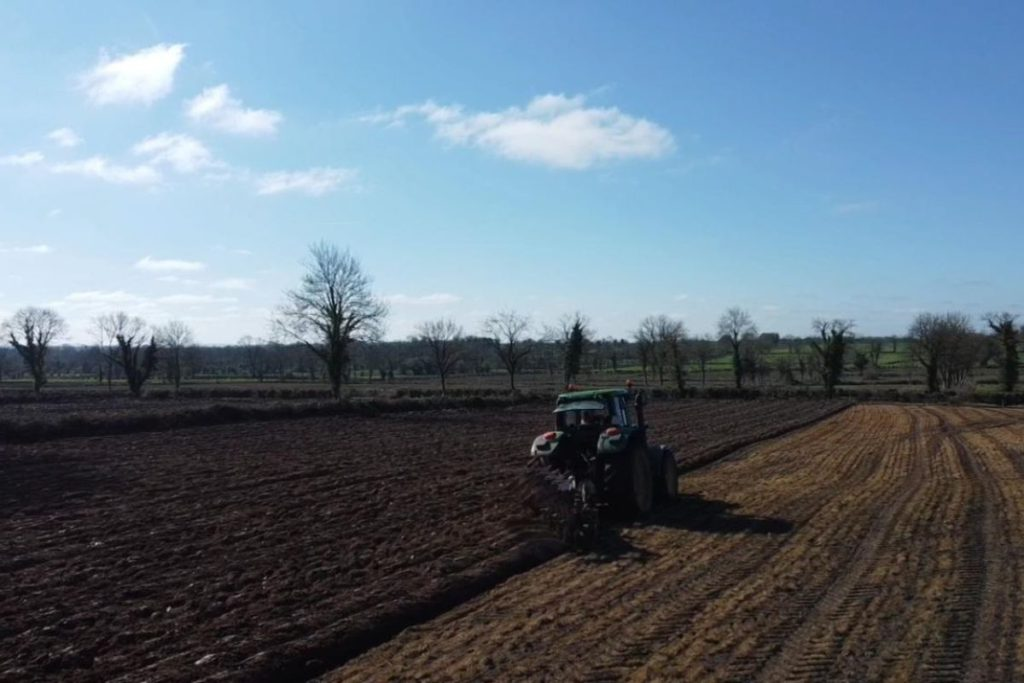 Reynolds Agri, agricultural contracting, agricultural contractors, Longford