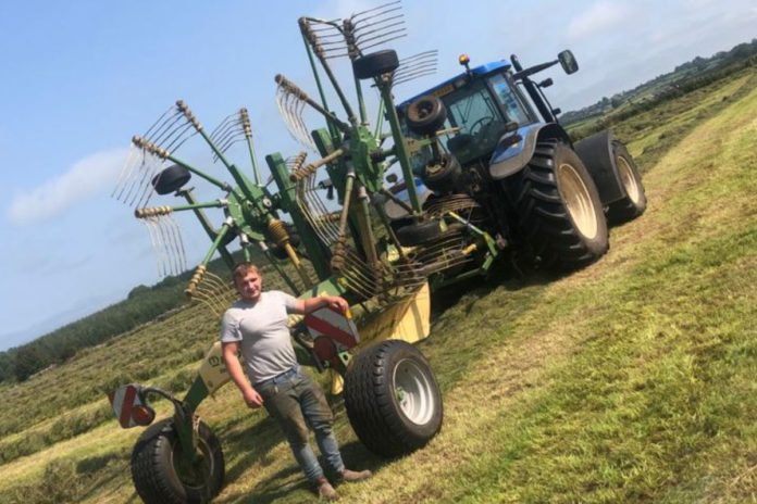 O'Neill Agri and Plant Hire Limited offer muck-spreading, slurry spreading and general plant hire