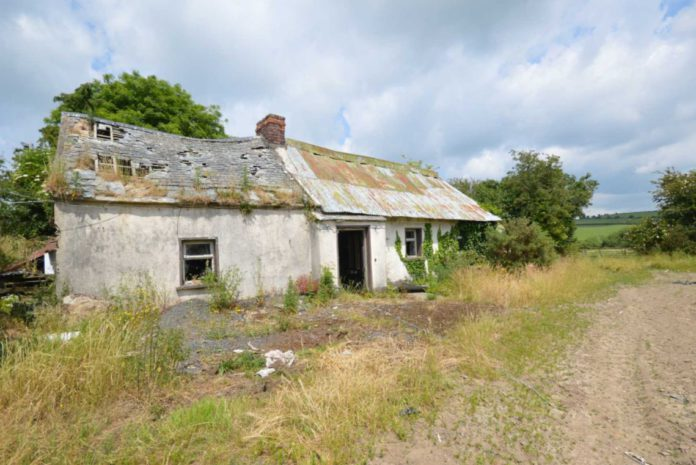 Wexford holding post-auction report: A 24.3-acre roadside holding with a derelict farmhouse and farm buildings in Co Wexford exceeded its price guide by €124,000 when it went for auction this week.