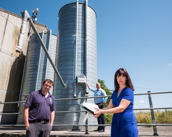 McAree Engineering and Lvlogics will display the latest innovation in silo feed monitoring technology at this year's Balmoral Show.  The LvLogics, SiloSpi technology has been tested on several livestock farms with V-Mac Silo installations on a range of different applications over the past six months.