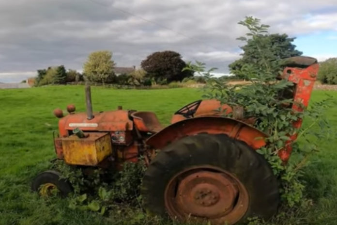 VIDEO: Farmer Phil's 28 tractors (Massey Ferguson, John Deere, Zetor and Ford) : Agricultural contracting firm in Longford, Ireland.