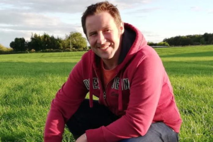 Laois dairy farmer, Bruce Thompson, discusses recovering from a TB outbreak, targets of 550kgs of milk solids and a passion for dung beetles.